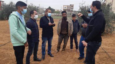 Photo of زراعة خانيونس تنظم عدة جولات ميدانية على مزارعي الزيتون وتقدم الإرشادات اللازمه