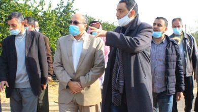 Photo of بالصور…وكيل الزراعة يتفقد مزارعي رفح