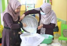 """Photo of التنمية الريفية بخانيونس تنفذ دورة تدريبية حول """"تصنيع مشتقات الحليب"""""""