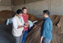 Photo of زراعة خانيونس تتفقد مزارع الإنتاج الحيواني ومصانع الأعلاف